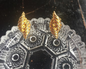 Vintage Signed Napier Goldtone Clip Earrings