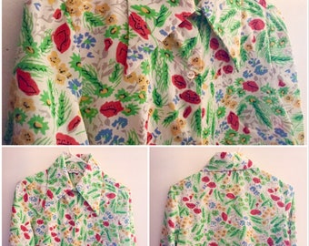Vintage 1970s Button-Up with Dagger Collar, Long-Sleeved Shirt with Bright Floral Pattern, Machine Washable Sportswear