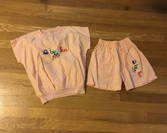 1980's united colors of benetton peach two piece set shirt & shorts - size 8/10