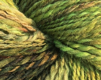 Handspun yarn/6.2 oz/hand dyed/Swaledale wool/Worsted Gradient/Rockweed
