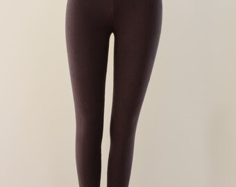 Finely Patterned Leggings (Brown)