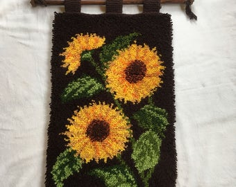 Vintage tapestry of knotted wool 70, Sun flower