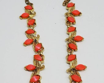 Think Spring with this Beautiful Coral Lucite & Gold Tone Leaf Necklace