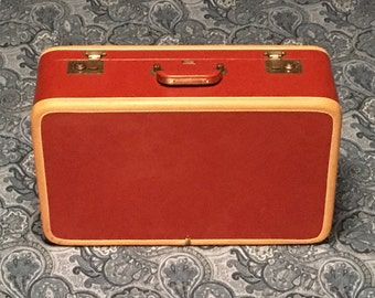 Vintage Atlas of California 1940s/1950s Hardcase, Red Satin Lined, Faux Leather Suitcase.  Beautiful condition!