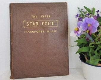 The First Star Folio/ Pianoforte Music/ W.Paxton & Co LTD/Music/ Sheet Music ( 0023B)
