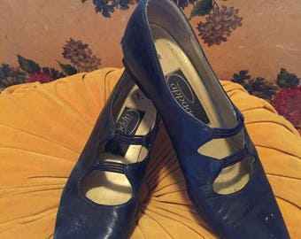 low heel pump petrol blue 7 1/2 narrow