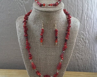 63: Necklace, Bracelet, Earrings Set