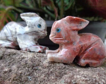 Agate Bunny Rabbit - Hand Carved - Natural Stone