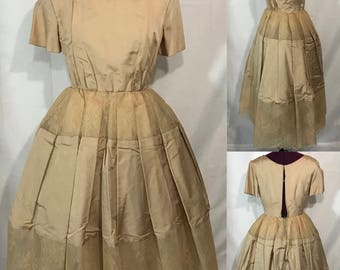 1950's | Formal Full Skirt Dress | Beige lace and silk