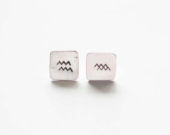 Square mountain stamp studs