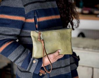 Mossy Green Leather Zipper Clutch/ Leather Clutch Bag/ Leather Bag/ Travel Organizer/ Cord Organizer/ Leather Wristlet