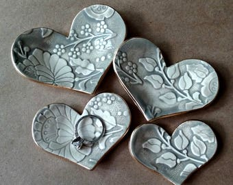 Set of FOUR Ceramic Heart Nesting Ring Dishes taupe damask edged in gold