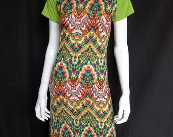 Raglan Maxi Dress with Acid Green Short Sleeves and Psychedelic Print, Festival