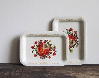 2 Shabby Vintage Canape Trays
