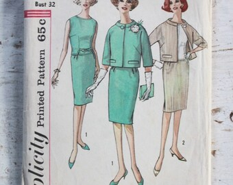 1960s suit pattern / Simplicity 4363 / 1960s  skirt & jacket sewing pattern / bust 32""