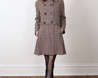 SALE Plaid Pea Coat . Vintage Wool Jacket