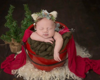Christmas Baby HeadWreath, Ear HeadWreath, Kitten HeadWreath, Flower Crown, Newborn Tieback, Newborn Wreath, Newborn Photo Prop