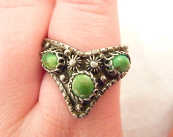 Antique Mexican Sterling  Silver Green Turquoise Ring Size 8