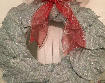 oRIGINAL~uNIQUE~fABULOUS~SILVER~gLITTERED~LEAF~WREATH~cHRISTMAS~oR~aNYTIME~