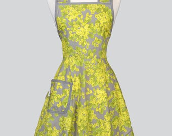 50s Style Retro Apron . Lime Green Gray Floral Womans Vintage Inspired Old Fashioned Cute Full Coverage Kitchen Apron with Pockets