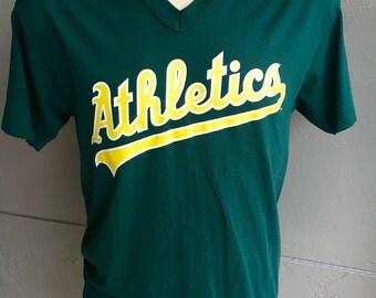 Oakland Athletics baseball v-neck tee shirt - 1980s vintage - green size long large