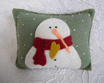 Felt Snowman Pillow Primitive Wool Decoration Penny Rug Felted