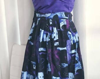 1980's does 1950's Vintage Mid Century Atomic Print Skirt in Purples and Blues  Size XL