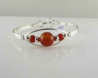 WSB-0229 Handmade Red Agate Gemstone Bangle Bracelet Wire Wrapped with Argentium Sterling Silver Wire