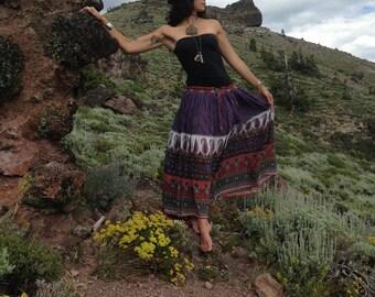 Vintage Gauze Indian Skirt... Boho Hippie Skirt... Free Size... Festival Skirt