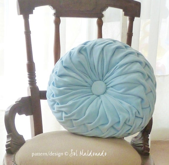 Smocked Pillow Sewing Pattern PDF - smock round pillow sew pattern - vintage mood - Instant DOWNLOAD