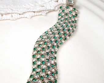 Vintage Emerald Rhinestone Bracelet, 1950s Ciner Style Green Wide Bridal Bracelet, Silver Emerald Crystal Art Deco Hollywood Glam Wedding