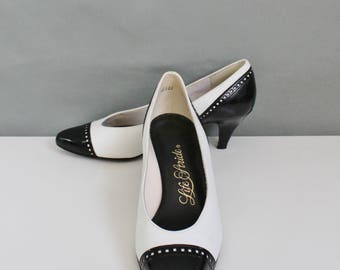 Womens Black and White Spectator Heels Pumps, Vintage Shoes, Art Deco Shoes, Flapper Shoes, 20s Style Shoes, US Size 7