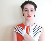 Vintage 1960s Mod Gloves in White with Black Stripes / 60s Striped Nylon Fownes Gloves