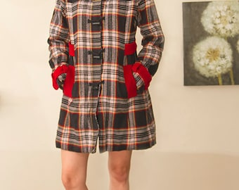 vintage 70s hooded plaid CUTE paddington bear jacket