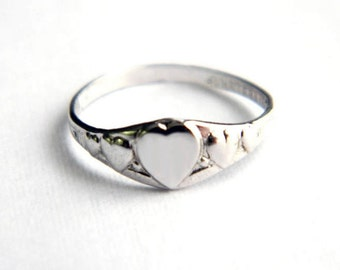 Vintage UNCAS Sterling Heart Sweetheart Ring - Band - Initial Engraveable - Adult Child Girl Baby Pinky