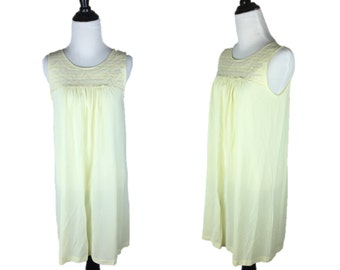 Vintage Yellow Lace Nightgown / 60s Yellow Nightie / 70s Lace Nightie / Sleeveless Nightgown / Lorraine S Small