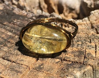 Citrine stone , antique brass wire wrapped ring - size 10 1/2 - pale  yellow pastel gemstone , wrap , men women girl boy jewelry handmade