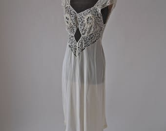 40's Nightgown Peek-a-boo Art Deco Countess Layne Cream Lace Bias Cut Slip size medium