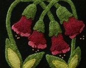 """Wool applique PATTERN &/or Kit """"Red Trumpet Vine"""" 6x6 block 1 of 24 """"Four Seasons of Flowers"""" wool quilt runner wall hanging hand dyed wool"""
