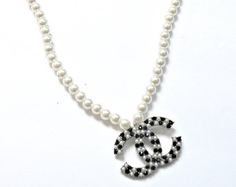 CC Inspired Black and White Pearl Fashion Necklace