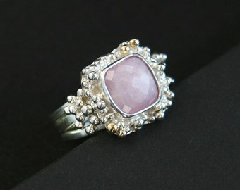 Pink Rose cut Kunzite Gemstone Ring Granulation Dew Drops Ring in Sterling Silver and 18 k Gold Accent One of a Kind