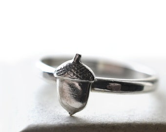 Silver Acorn Ring, Custom Engraved Acorn Jewelry, Customized Sterling Silver Ring, Nature & Woodland Jewelry, Tiny Oak Nut Charm Ring