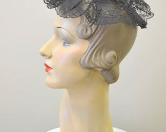 1960s Black Lace Headpiece with Comb
