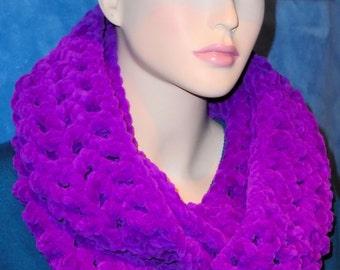 Purple Crochet Infinity Scarf, Crochet Infinity Scarf, Purple Scarf, Crochet Scarf, Purple Infinity Scarf, Plush Infinity Scarf Purple Scarf