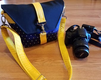 NEW-Camera bag-Digital SLR camera bag-DSLR camera case-womens camera bag-Extra bonus-Strap cover and Back pocket-Polka dots