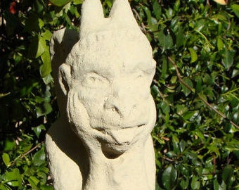 VINTAGE GARGOYLE STATUE Solid Stone Outdoor Garden Home Decor Bookend Sculpture Art Lawn Yard Patio Office French Notre Dame Accent (c)