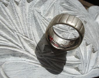 Silver (tested) Moroccan hand engraved chunky tarnished ring UKP