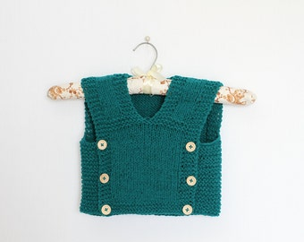 Baby Vest Knitting Pattern  in the size 12 - 18 months