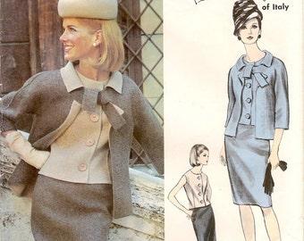 Fabulous Vintage 1960s Vogue Couturier Design 1430 Designer Federico Forquet Tie Neck Slim Suit and Blouse Sewing Pattern B32
