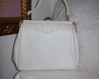 Vintage 1960s Ladies White Metal Frame Handbag Purse Only 11 USD